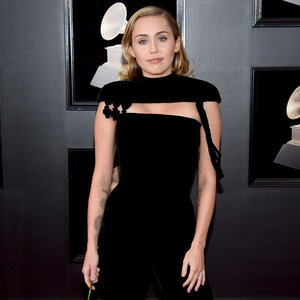 Miley Cyrus , 2018 Grammy Awards, Red Carpet Fashions