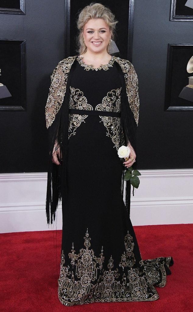 Kelly Clarkson, 2018 Grammy Awards, Red Carpet Fashions