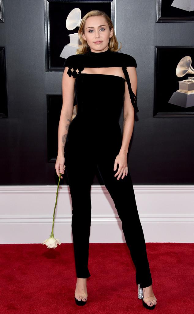 Miley Cyrus, 2018 Grammy Awards, Red Carpet Fashions, Widget