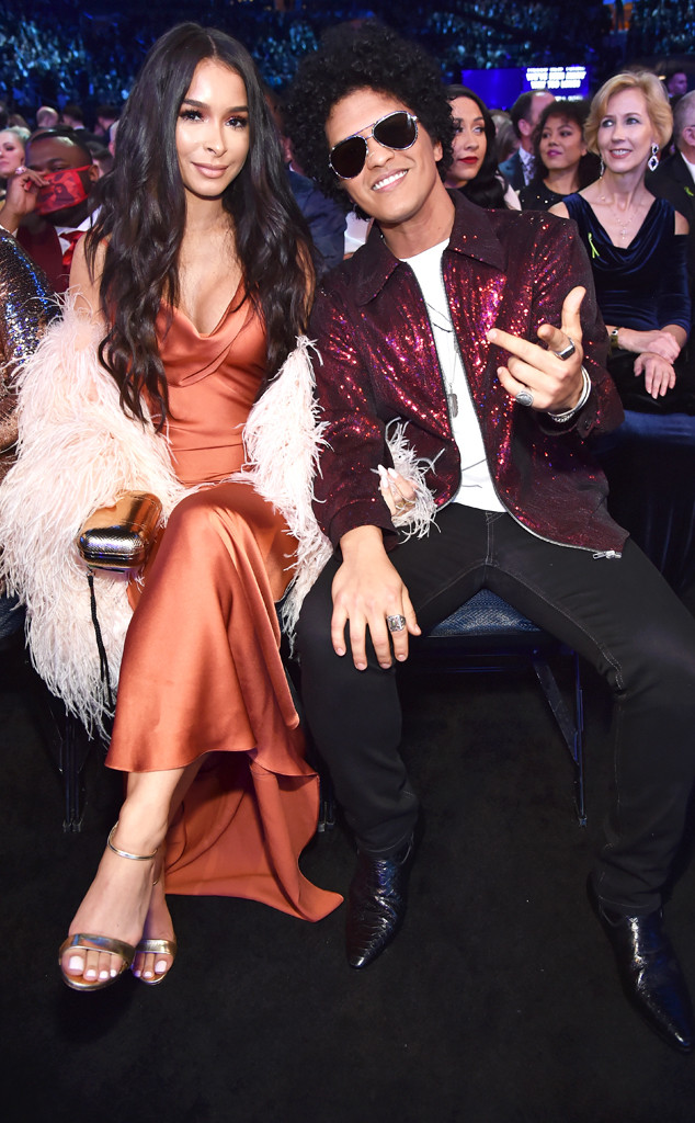 Jessica Caban, Bruno Mars, 2018 Grammy Awards, Candids