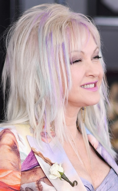 ESC: Best Beauty, Cyndi Lauper