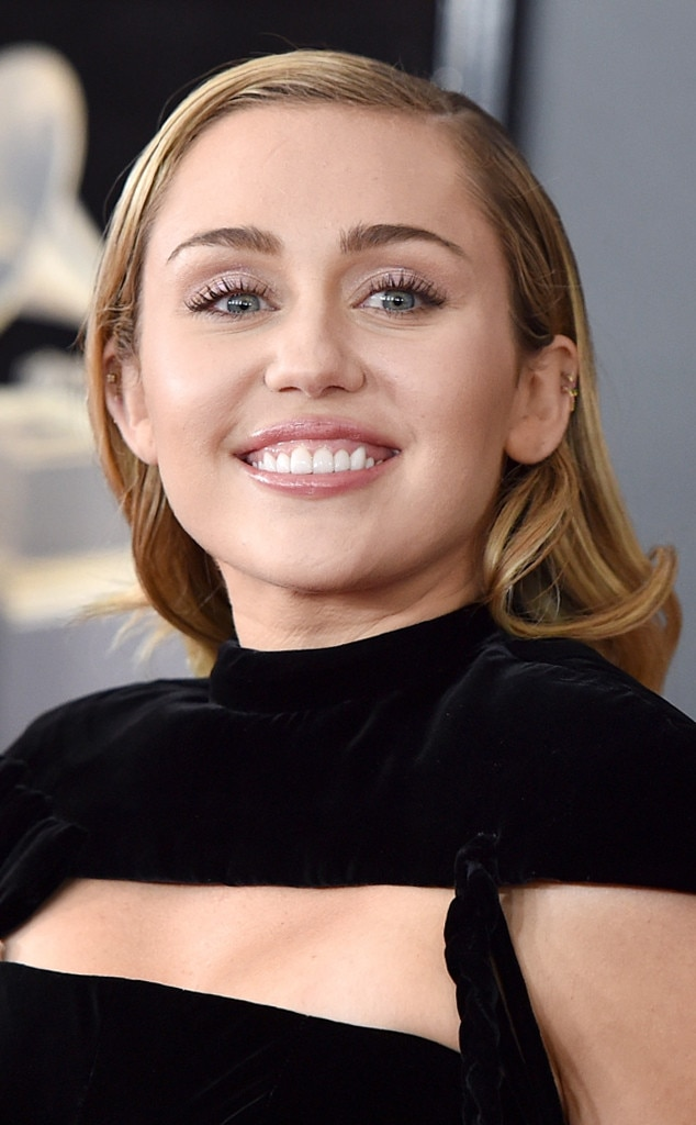 Miley Cyrus From Best Beauty At The Grammy Awards 2018 E