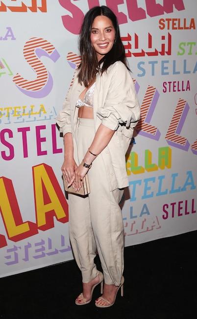 ESC: Lingerie Trend, Olivia Munn