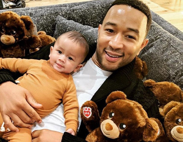 John Legend Amp Chrissy Teigen S Sweetest Family Moments E