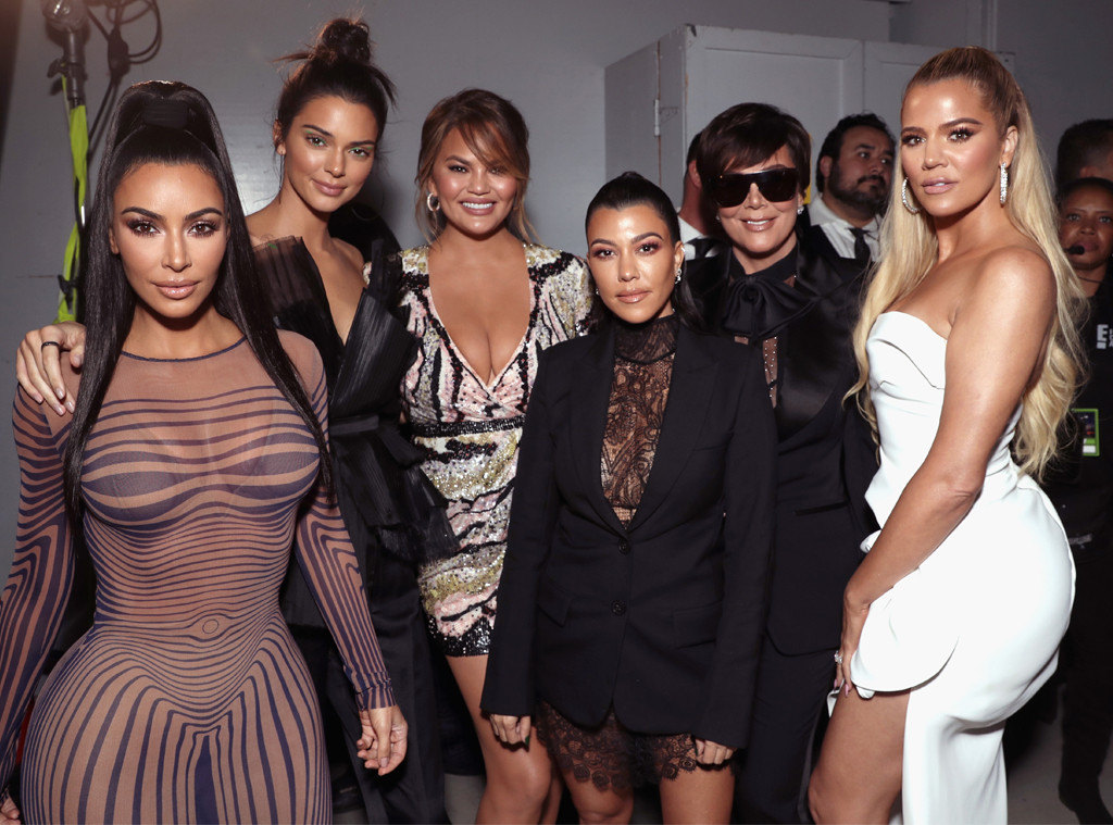 Kim Kardashian, Kendall Jenner, Chrissy Teigen, Kourtney, Kris Jenner, Khloe, 2018 Peoples Choice Awards, PCAs, Candids, Backstage