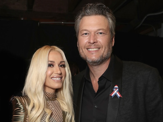 Blake Shelton Declares Love for Gwen Stefani After <i>The Voice</i> Wins Big at People's Choice Awards