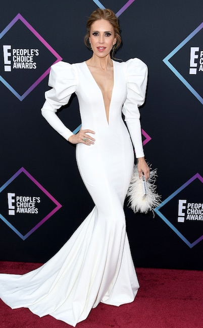 Alejandra Azcarate, 2018 Peoples Choice Awards, PCAs, Red Carpet Fashions