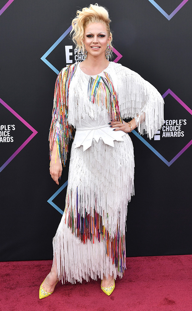 Courtney Act, 2018 Peoples Choice Awards, PCAs, Red Carpet Fashions