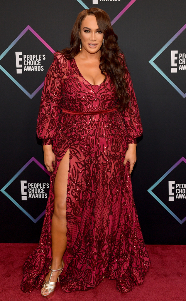 Nia Jax, 2018 Peoples Choice Awards, PCAs, Red Carpet Fashions