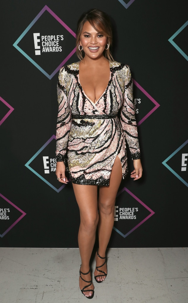 Chrissy Teigen, 2018 Peoples Choice Awards, PCAs, Red Carpet Fashions