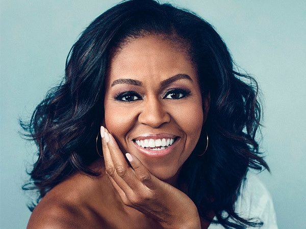Michelle Obama's <i>Becoming</i> Breaks a Record Set by <i>Fifty Shades of Grey</i>