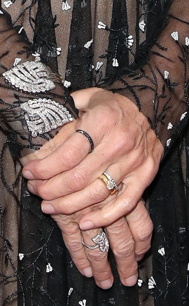 Meg Ryan, Ring