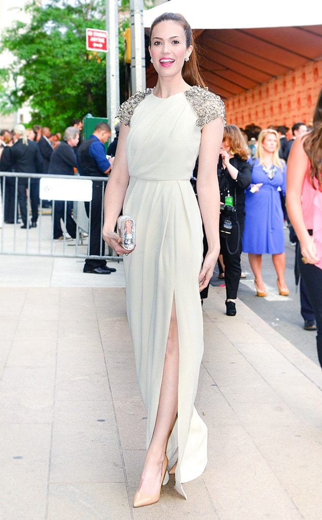 Slay with a Slit -  The singer looked beautiful at the 2012 CFDA Fashion Awards in a white draped Lela Rose Fall 2012 gown that features embellished cap-sleeves and a knee-high slit.