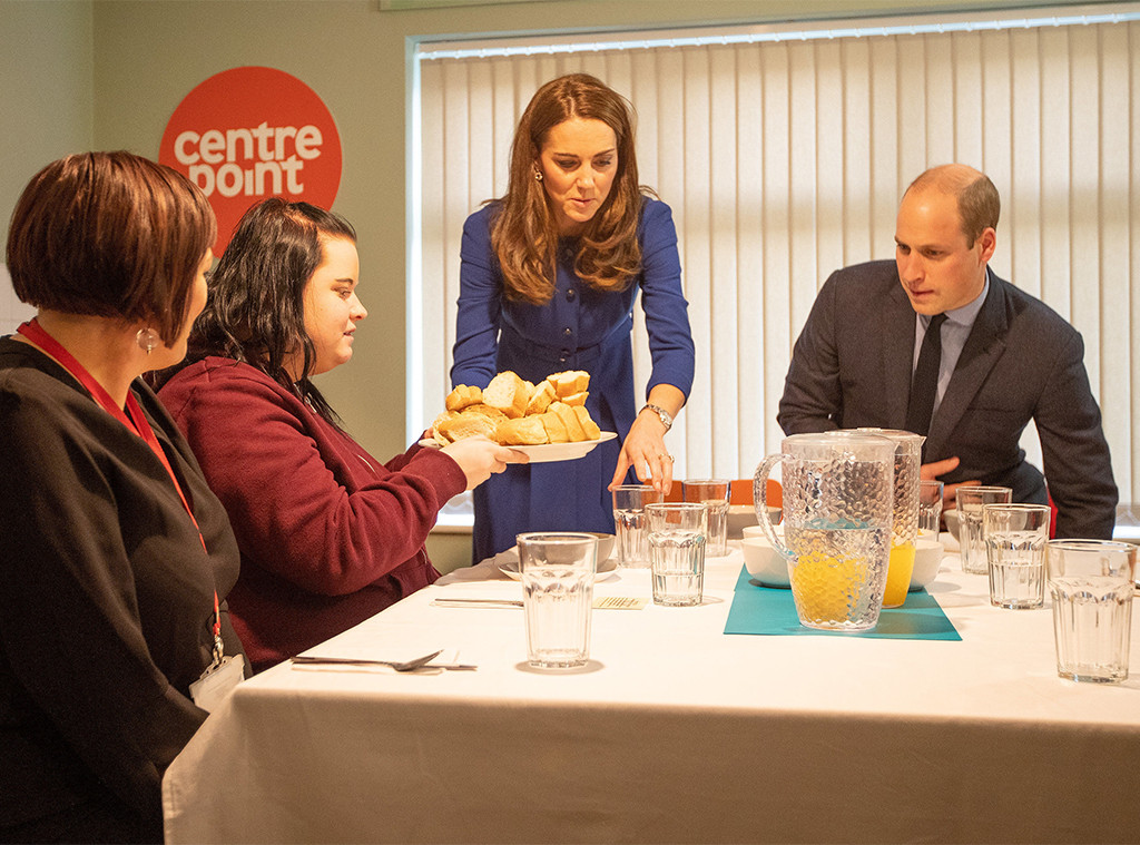 Prince William, Kate Middleton, Serving Food at Centrepoint