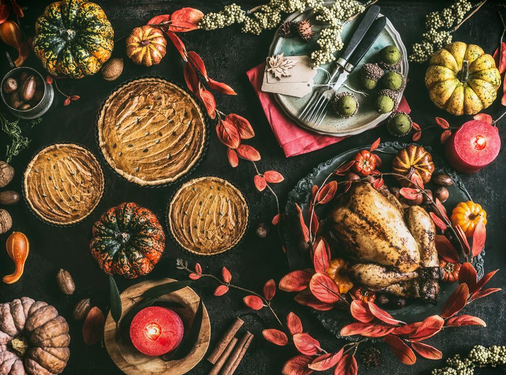 Thanksgiving day, Dinner table