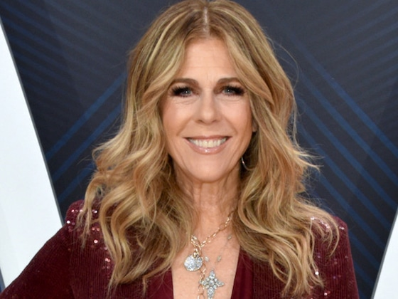 Rita Wilson Performs for the First Time Since Her Coronavirus Diagnosis