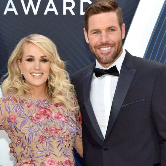 Carrie Underwood and Her Baby Bump Literally Bloom at the 2018 CMA Awards