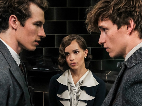 Zo&euml; Kravitz and Callum Turner Tease <i>Fantastic Beasts</i>' Love Triangle
