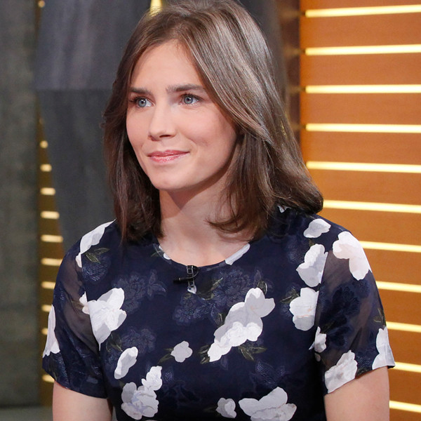 "Amanda Knox Just Put On Her ""Old Prison Uniform"" For This Reason"
