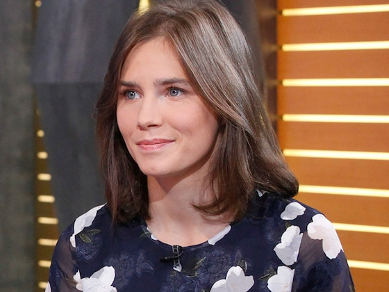 """Amanda Knox Just Put On Her """"Old Prison Uniform"""" For <i>This</i> Reason"""
