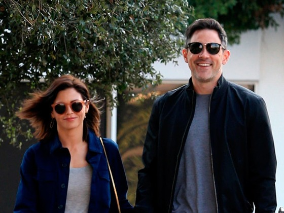 Jenna Dewan and Steve Kazee Show PDA on a Romantic Stroll