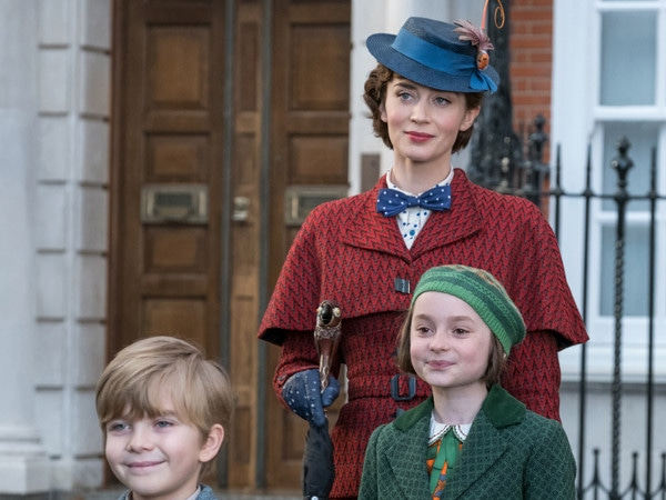 Surprise! Mary Poppins Is Joining Your Family for Thanksgiving