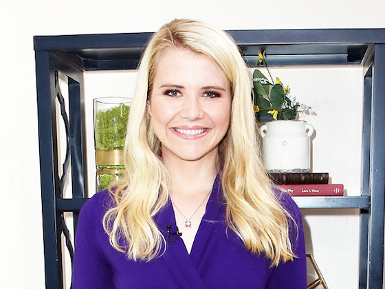 Elizabeth Smart Gives Birth to Baby No. 3