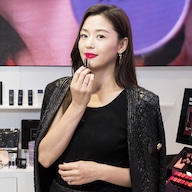 10 Things To Know About K-Pop Darling IU | E! News