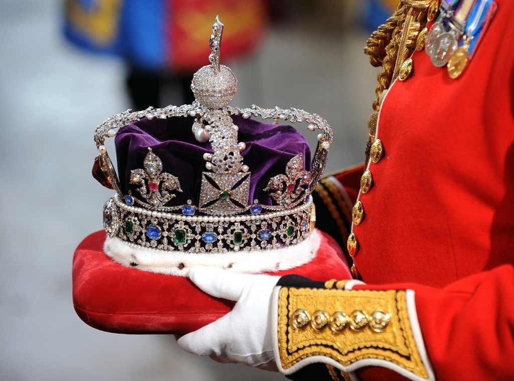Queen Elizabeth, Crown Jewels