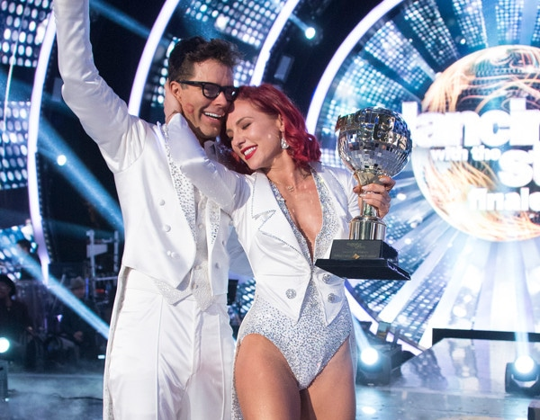 DANCING WITH THE STARS 2019 WINNER USA