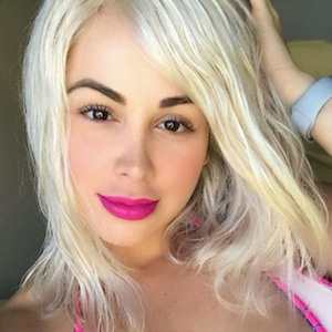 Paola Mayfield, Blond Hair