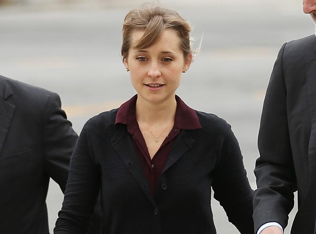 Allison Mack, Court