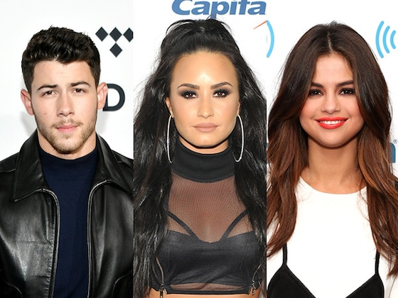 Here's the Real Story Behind Demi Lovato's Decision to Unfollow Nick Jonas and Selena Gomez