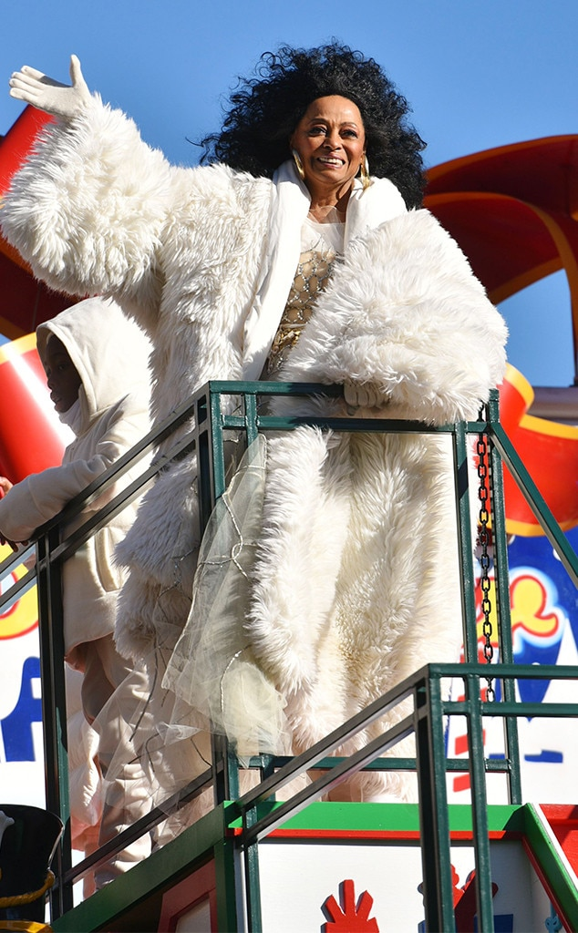 """Diana Ross -  The living legend ushers in the holiday season with """"Wonderful Christmastime."""""""