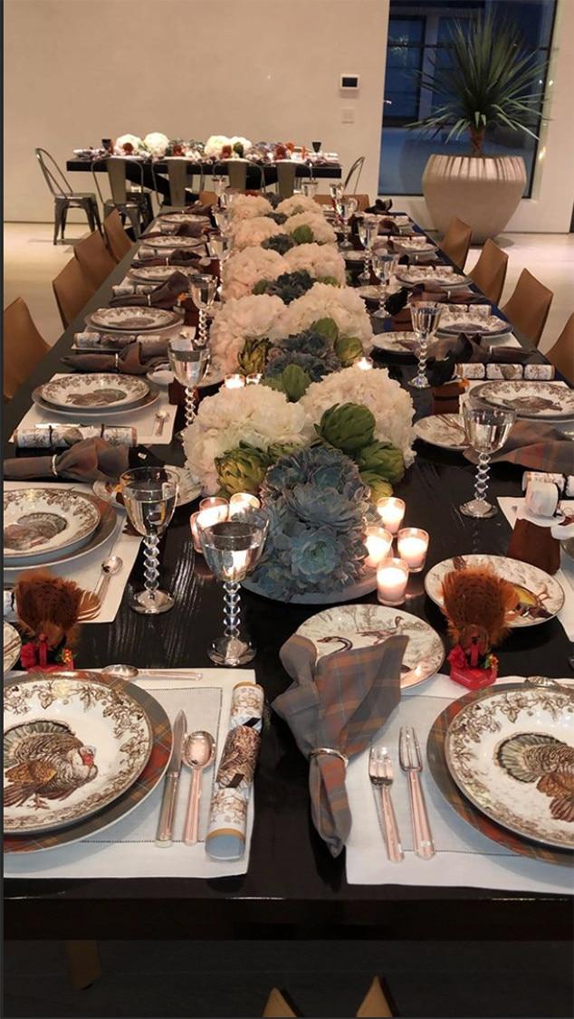 Kardashian Thanksgiving Recipes And Decorating Tips
