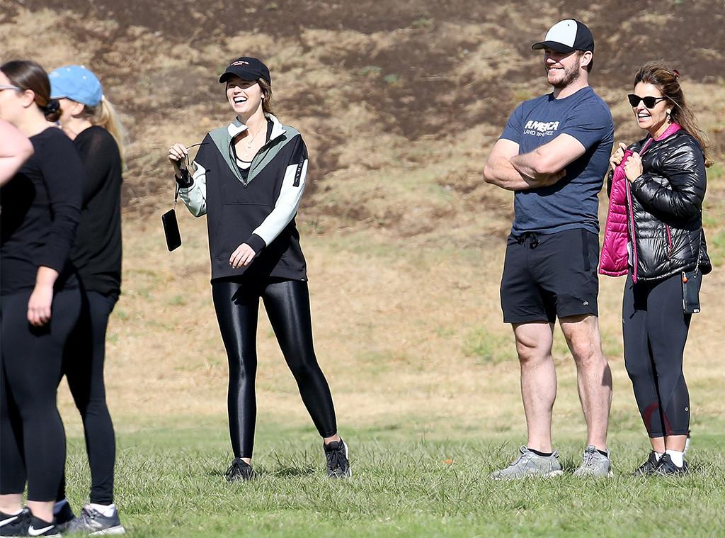 Chris Pratt, Katherine Schwarzenegger, Maria Shriver, Thanksgiving