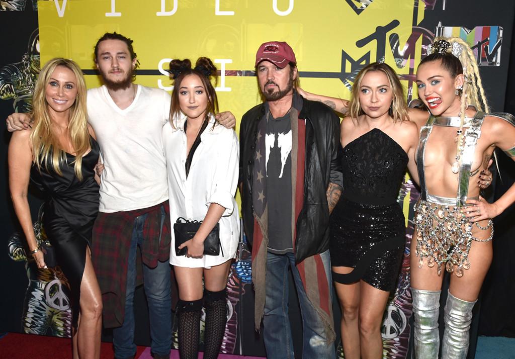 Tish Cyrus, Braison Cyrus, Noah Cyrus, Billy Ray Cyrus, Brandi Glenn Cyrus, Miley Cyrus