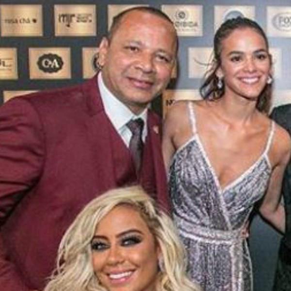 Neymar Pai, Bruna Marquezine, Neymar, Rafaella Santos
