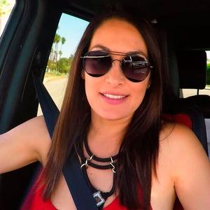 Brie Bella, Total Divas 810