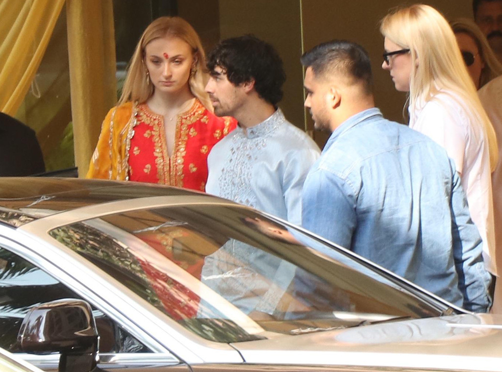 Sophie Turner, Joe Jonas, Puja Ceremony
