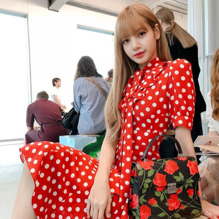 The Girls Of BLACKPINK Are In Love With These Fashion Items—And We Are Too 06ea8f63e