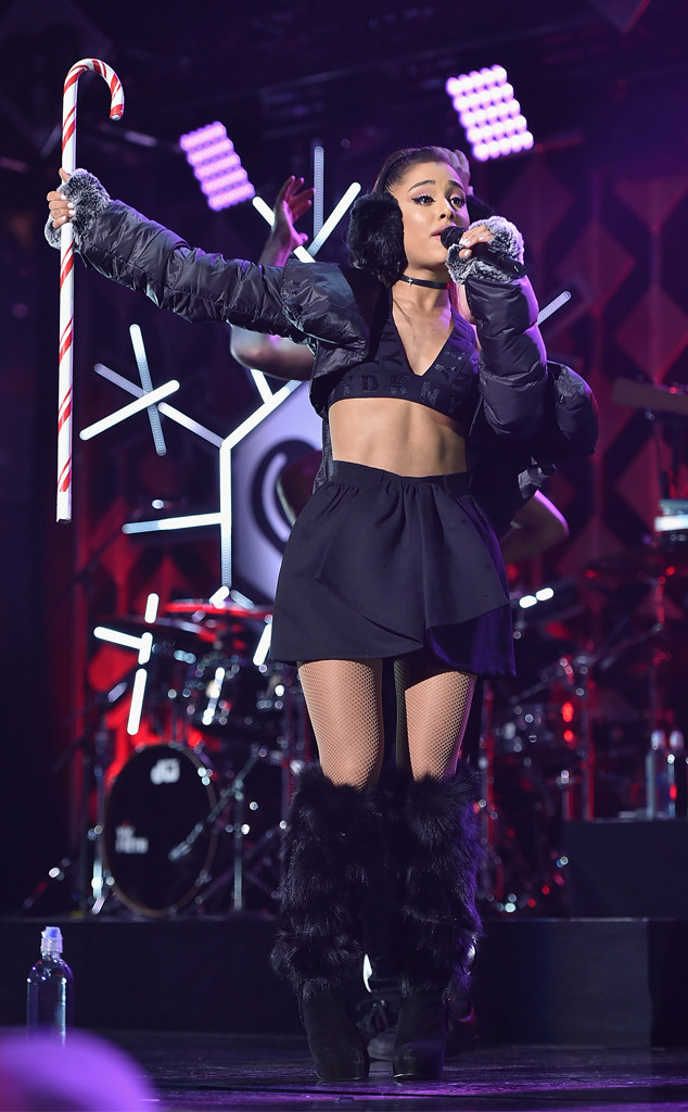 Ariana Grande, Z100 Jingle Ball 2016