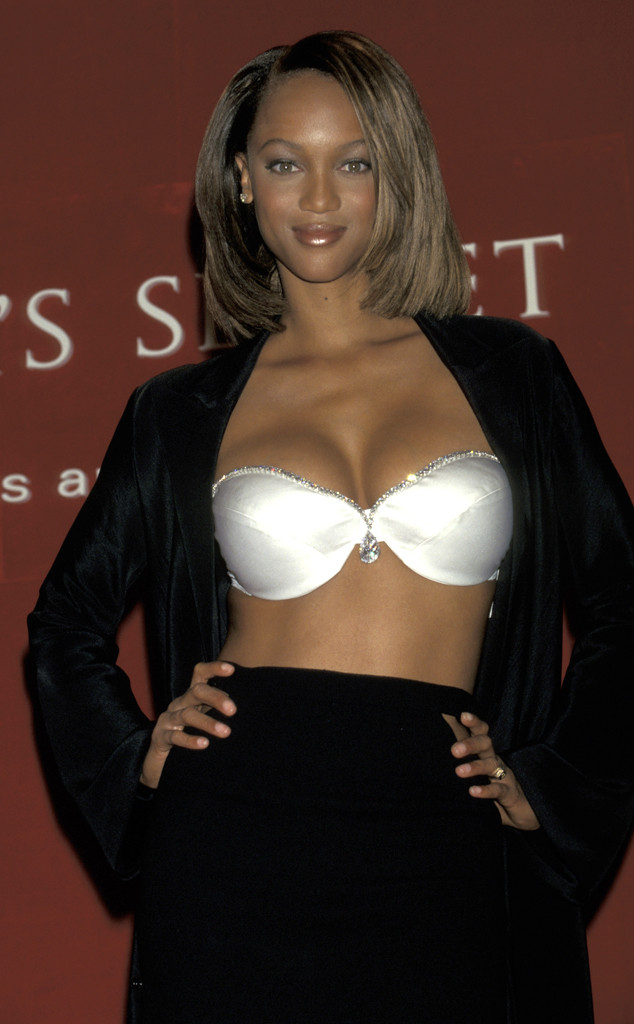 Tyra Banks, Victorias Secret Fantasy Bra 1997