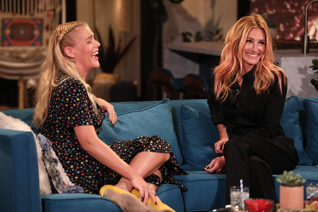 Busy Tonight, Busy Philipps, Julia Roberts