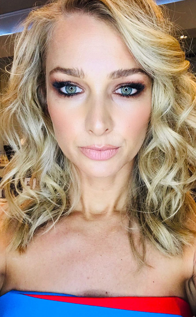 Recreate Anna Heinrichs Smokey Eye Melbourne Cup Makeup Step By