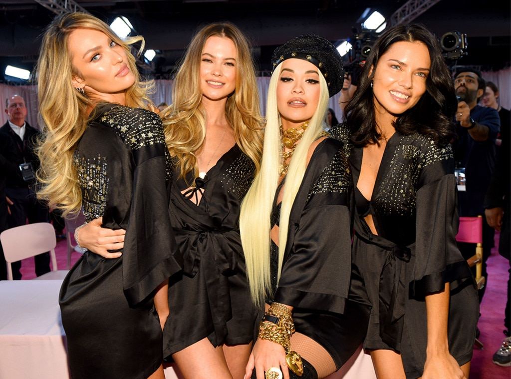 Candice Swanepoel, Behati Prinsloo, Rita Ora, Adriana Lima, 2018 Victorias Secret Fashion Show, Backstage