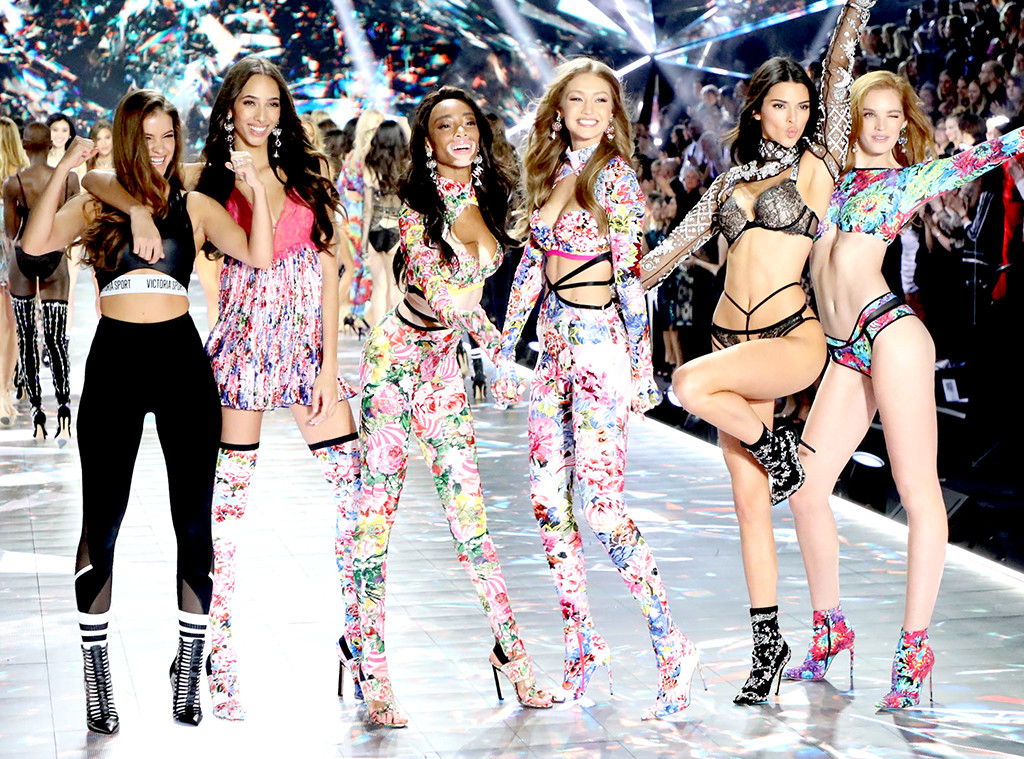 Victoria's Secret Fashion Show 2018: Every Look From the ...