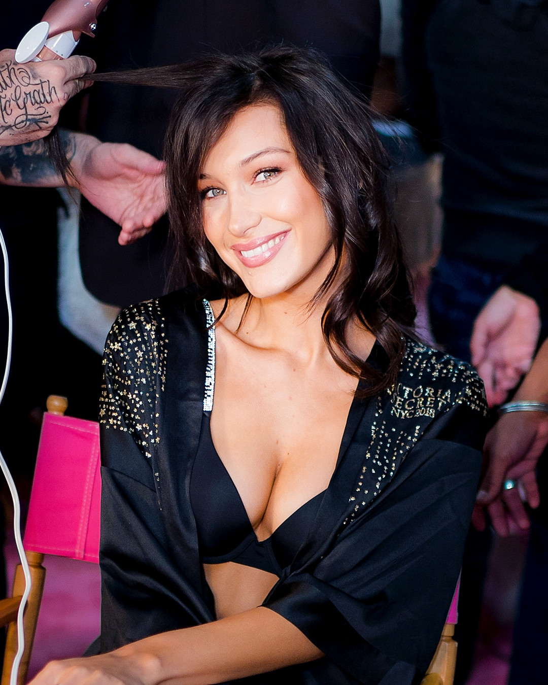 ESC: Victoria's Secret, Bella Hadid