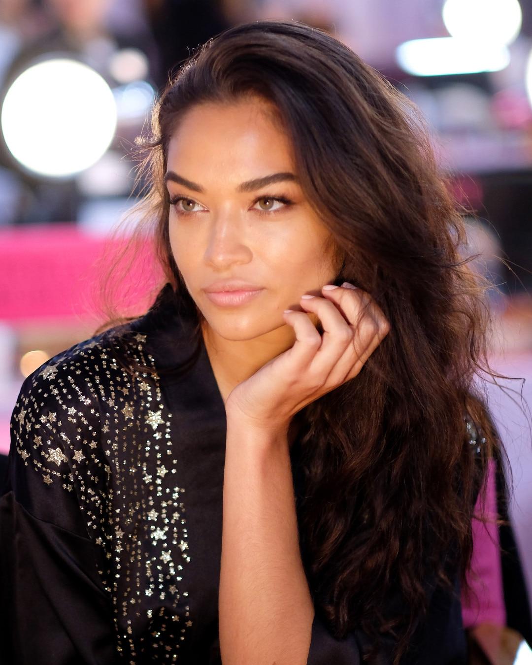 ESC: Victoria's Secret, Shanina Shaik