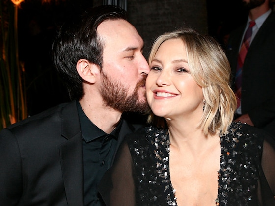 See Kate Hudson's First-Ever Family Pic With All of Her Kids and Boyfriend Danny Fujikawa